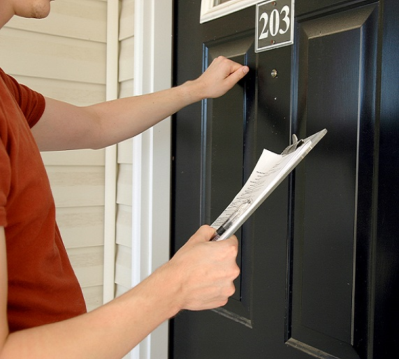 door to door sales Door-to-door sales can be a convenient method for many people to shop however, you may be opening your home to a stranger who may use fraudulent or high-pressure tactics to sell you.